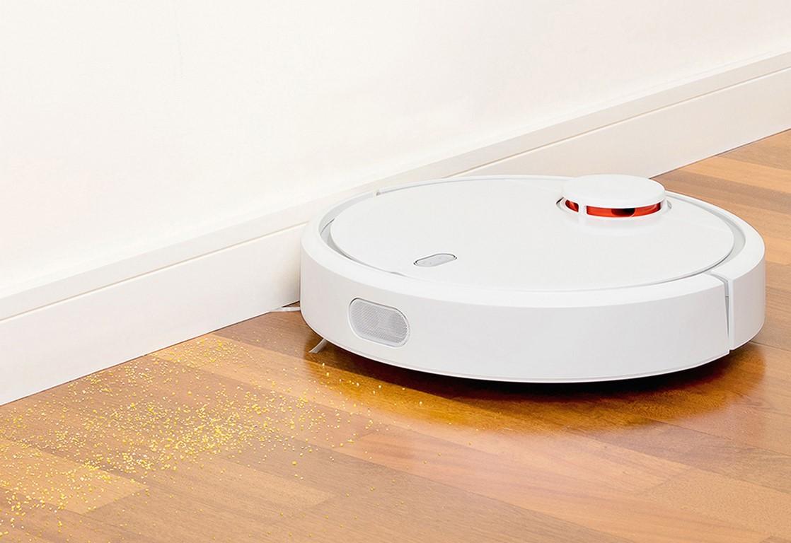 Mi Robot - odkurzanie pod ścianą