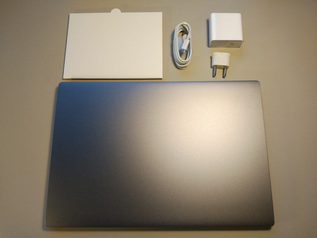 Xiaomi Mi Notebook Pro - recenzja chińskiego MacBooka - zawarto pudełka