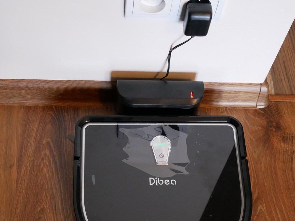 bezprzeplacania.pl - robot odkurzający Dibea D960 - ładowanie