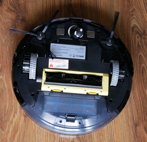 iLife A8 - recenzja robota odkurzającego z mapowaniem pomieszczeń - szczotka z włosiem