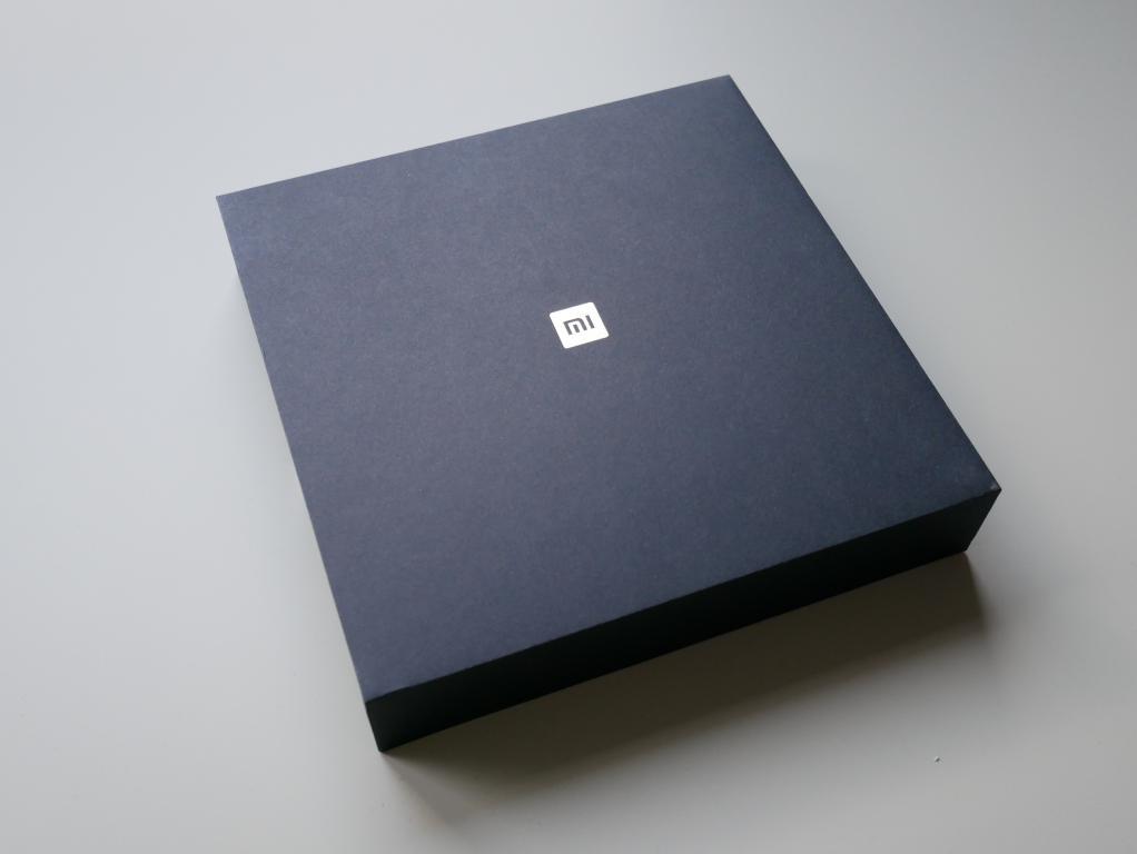 Xiaomi Mi Mix 2s - recenzja - pudełko z telefonem