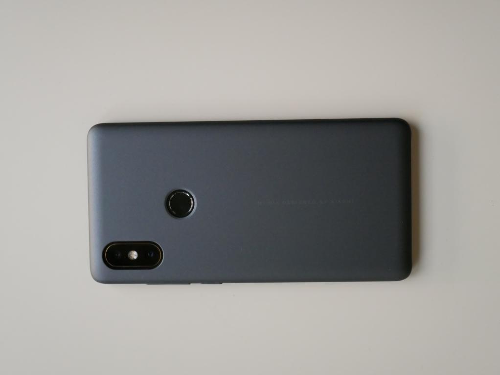 Xiaomi Mi Mix 2s - recenzja - telefon w okładce