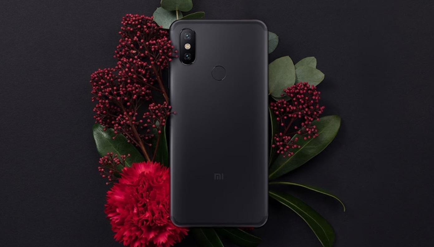 Xiaomi A2 już w sprzedaży - zdjęcie telefonu z tyłu