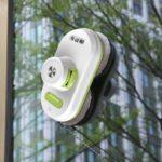 Alfawise S70 - promocja nowego robota do mycia okien - robot na oknie