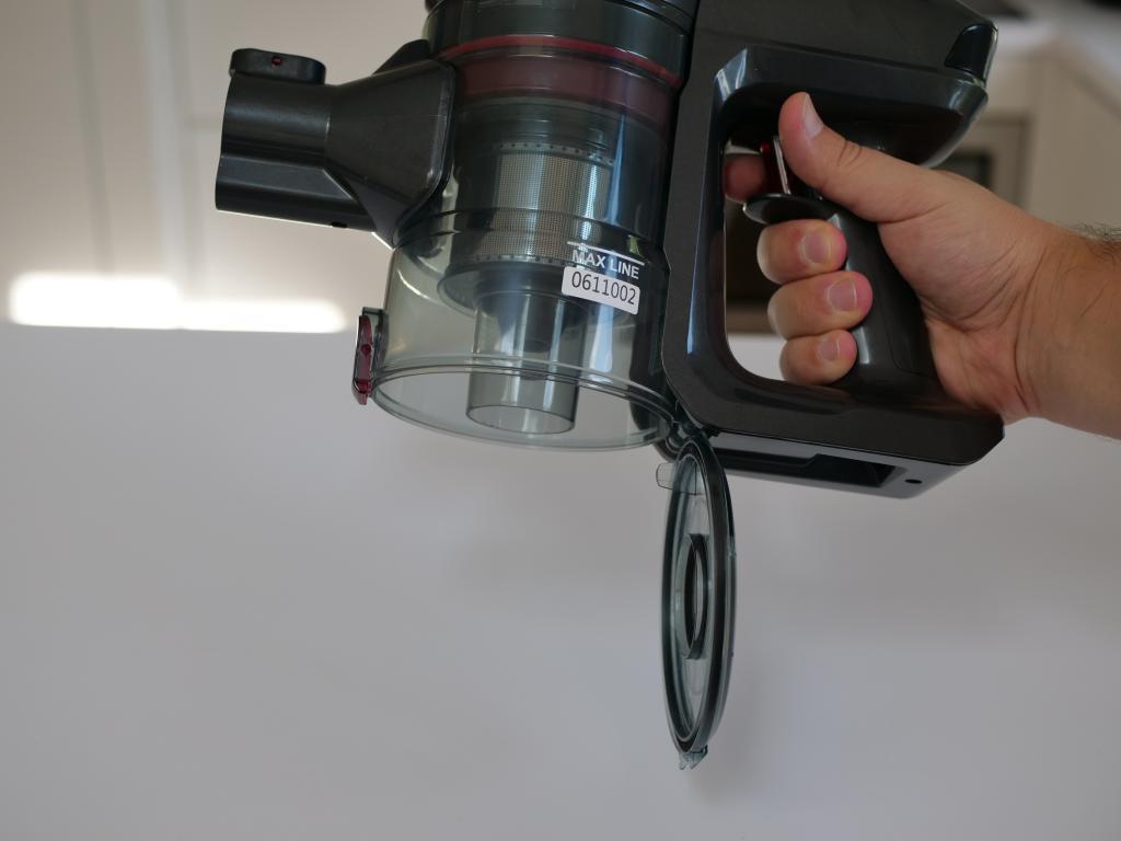 Dibea V008 PRO - recenzja taniego odkurzacza pionowego - opróżnianie pojemnika