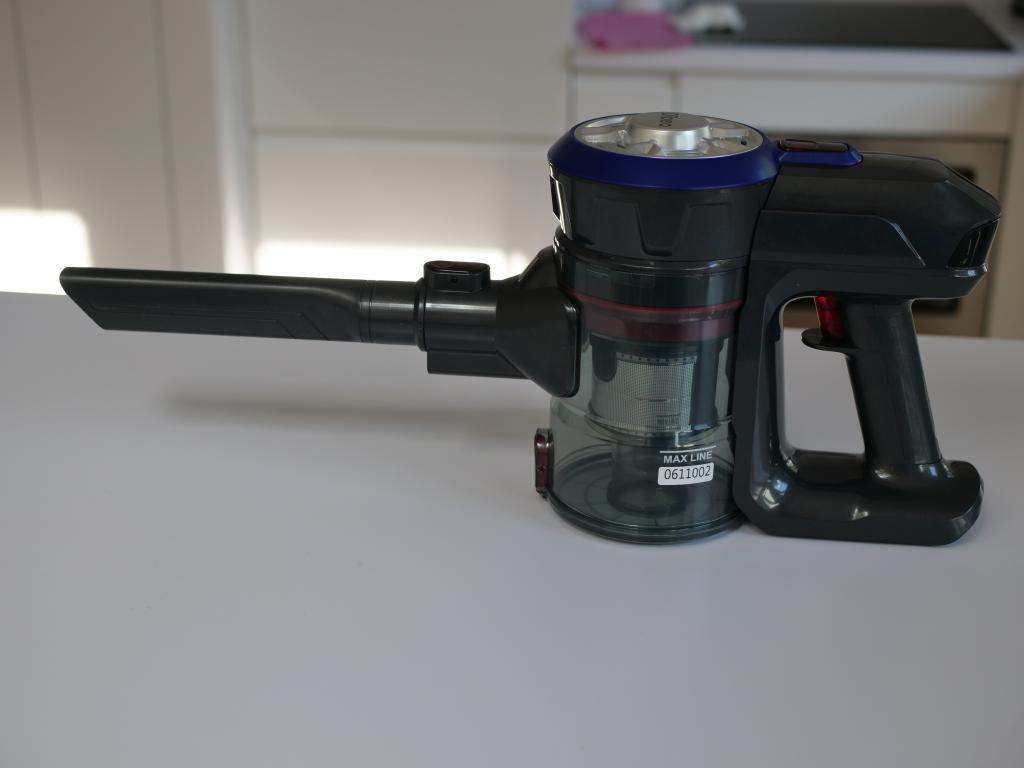 Dibea V008 PRO - recenzja taniego odkurzacza pionowego - wąska końcówka