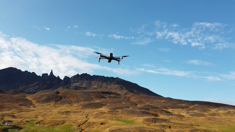 Recenzja drona SJRC F11 PRO - dron w powietrzu