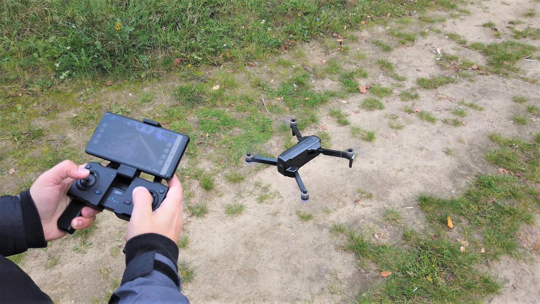 Recenzja drona SJRC F11 PRO - sterowanie dronem