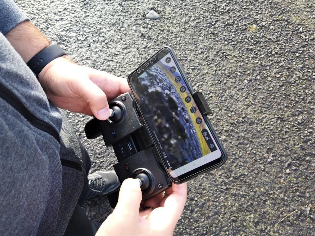 Recenzja drona SJRC F11 PRO - sterowanie z podglądem kamery