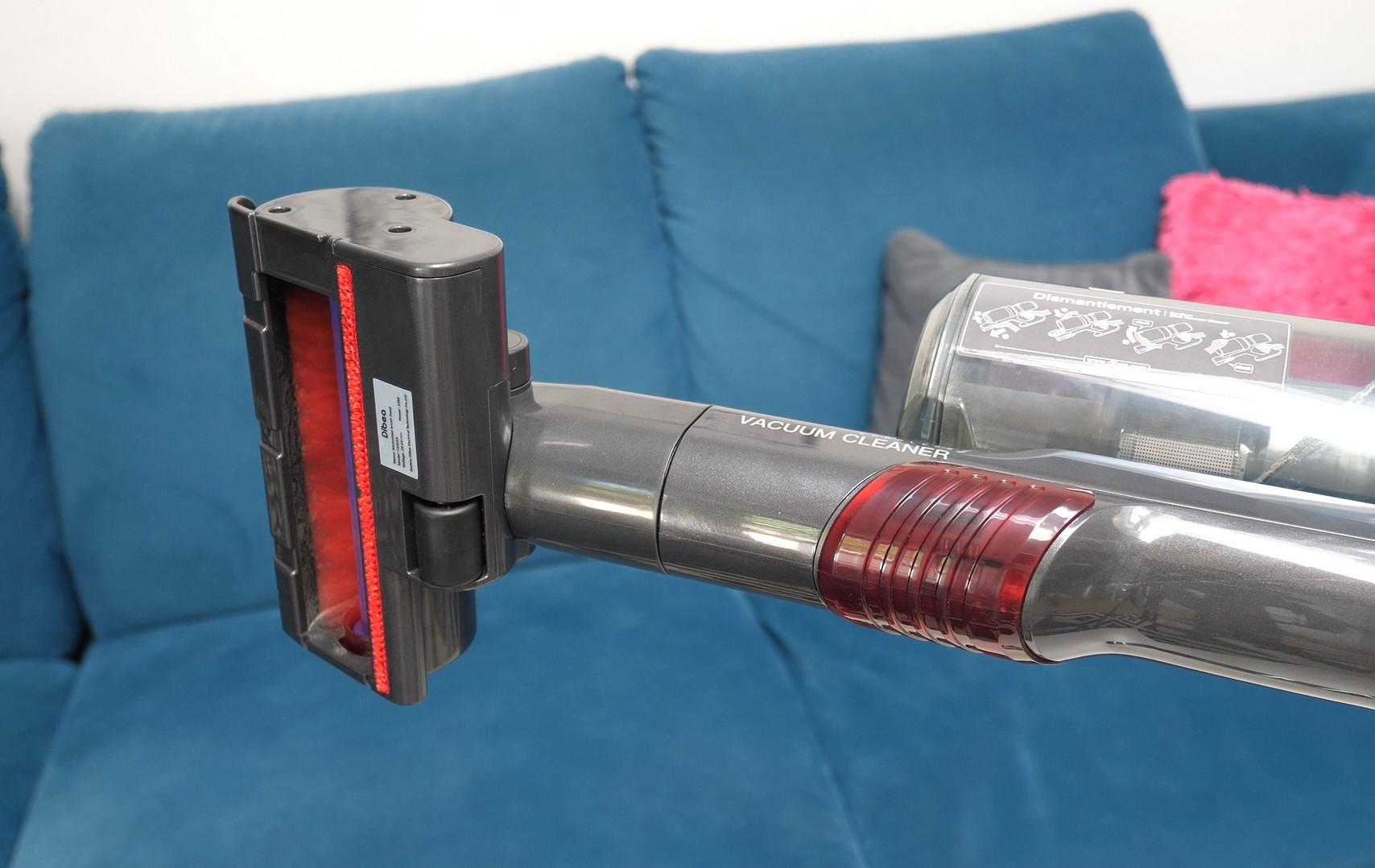 DIBEA F20 Max - recenzja bezprzewodowego odkurzacza o wielkiej mocy - mała turboszczotka