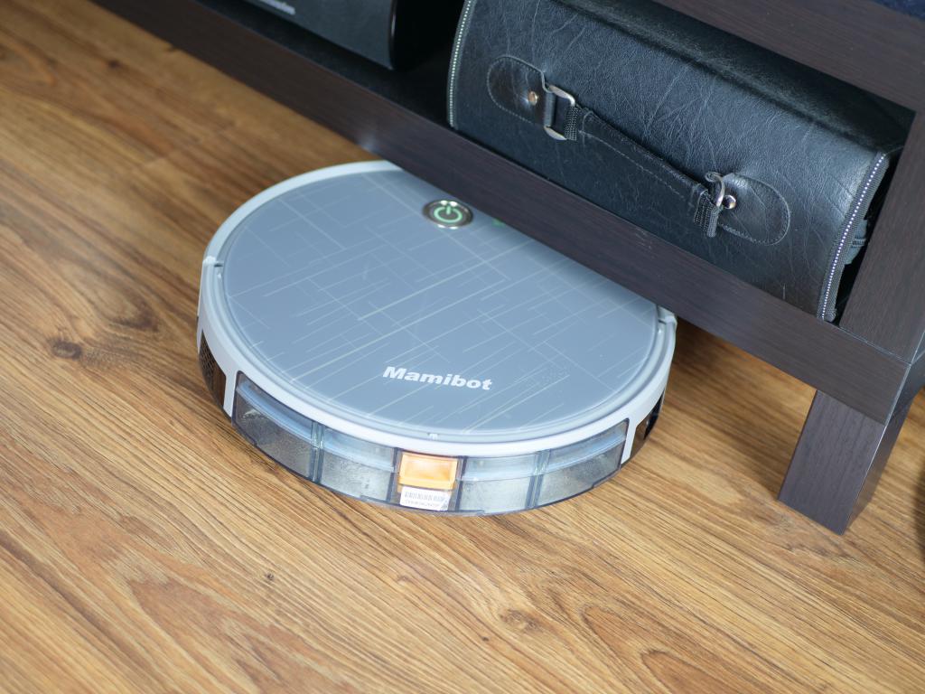 Mamibot Grey - recenzja robota sprzątającego 2 w 1 - wjazd pod meble