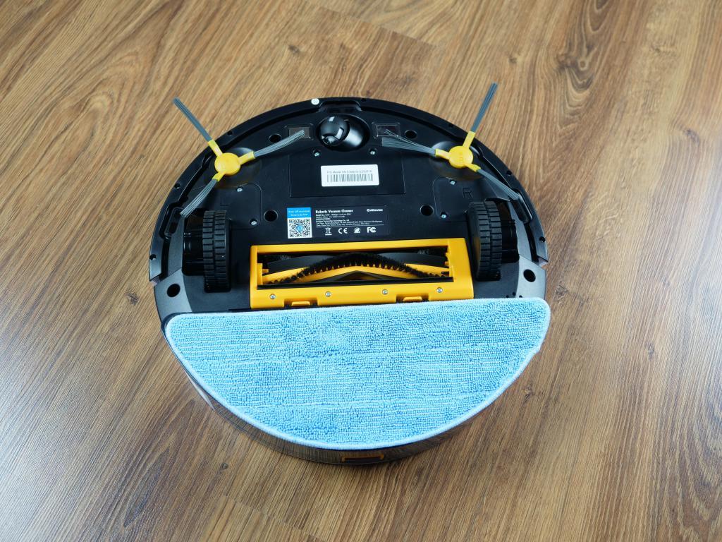 Alfawise V8S PRO - najlepszy robot sprzątający do 700 zł [recenzja] - spód robota z mopem