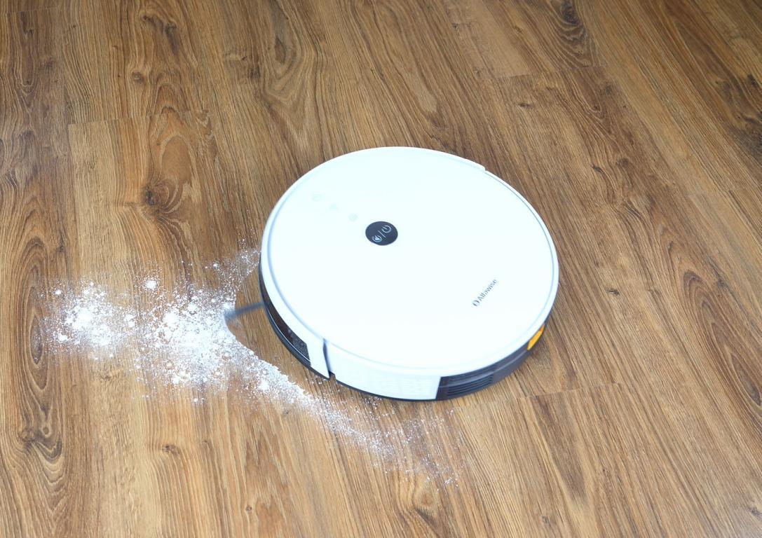 Alfawise V8S Pro - recenzja - odkurzanie mąki