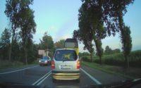 Navitel R400 NV - recenzja wideorejestratora samochodowego za mniej niż 200 zł - zdjęcie w dzień
