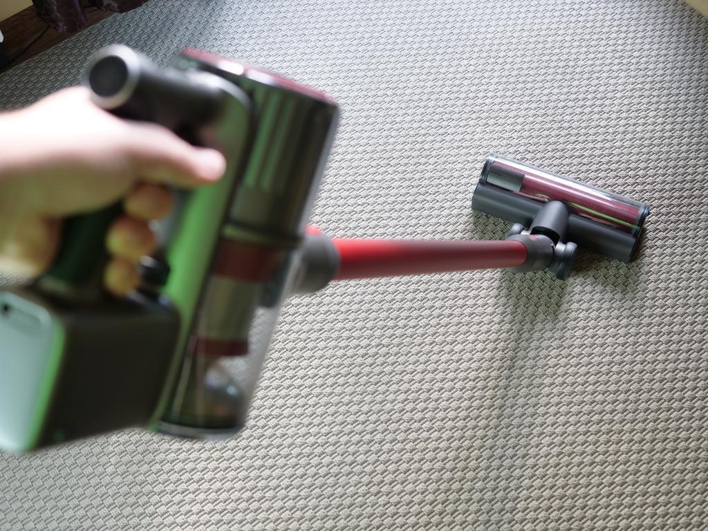 Roborock H6 Adapt - recenzja bezprzewodowego odkurzacza pionowego
