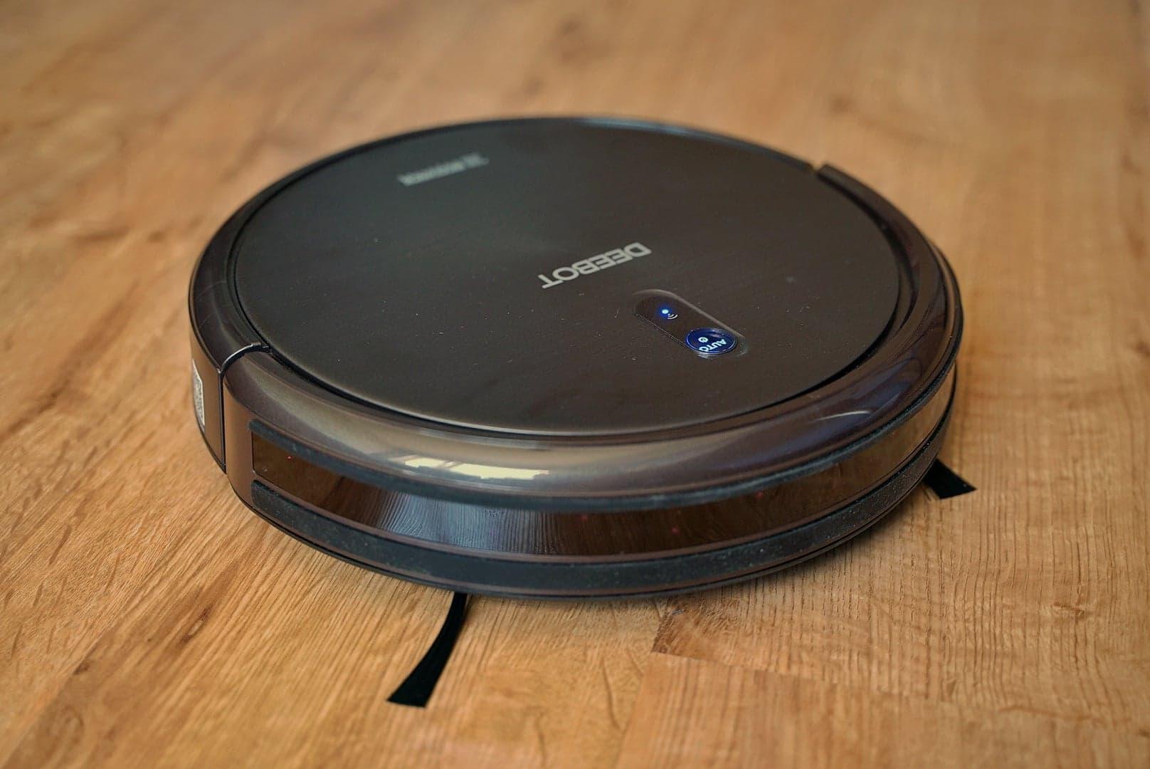 Ecovacs Deebot N79S - recenzja taniego robota odkurzającego