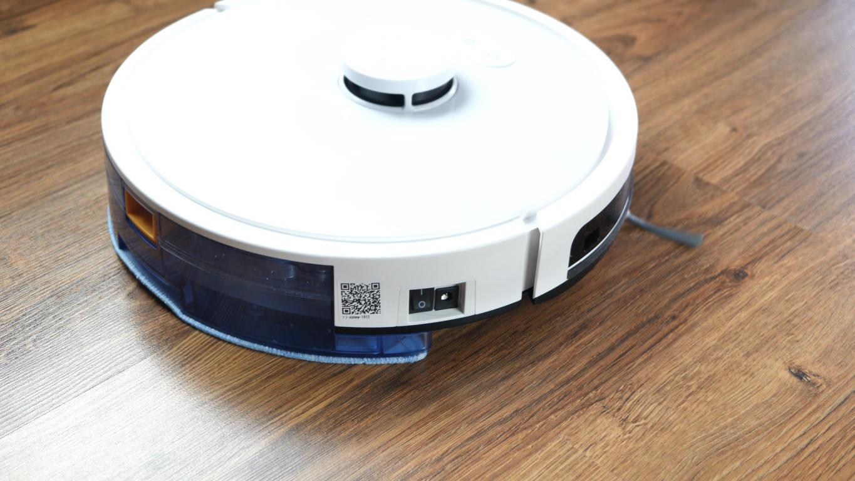 RoboJet X-One White - recenzja robota sprzątającego - mopowanie paneli