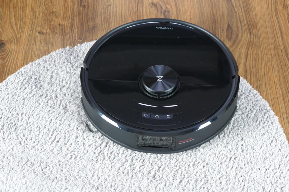 Roborock S6 MaxV - recenzja robota sprzątającego - na dywanie