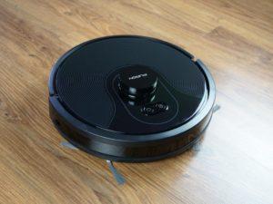 PURON PR10 - recenzja robota sprzątającego z lampą UV - robot z bliska