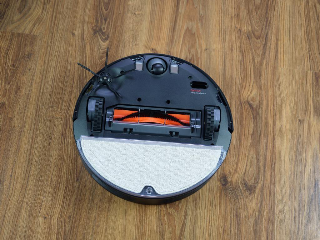 Roborock E4 - recenzja robota sprzątającego w świetnej cenie - spód robota z mopem