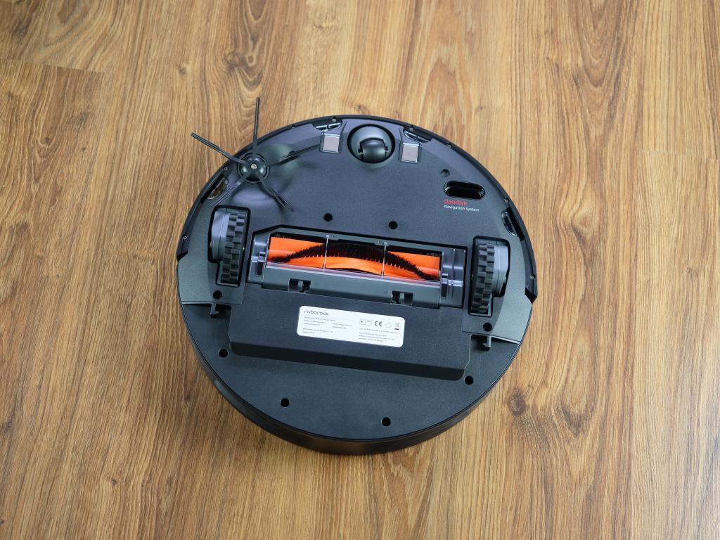 Roborock E4 - recenzja robota sprzątającego w świetnej cenie - spód robota