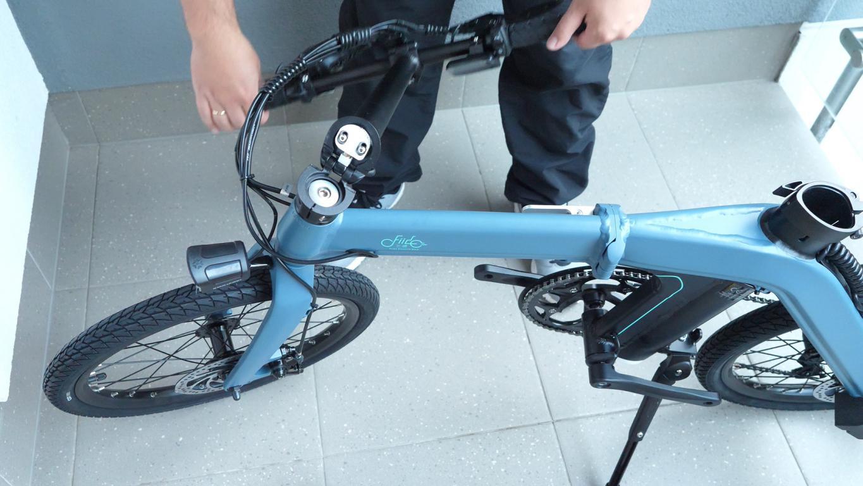 Fiido D11 - recenzja roweru elektrycznego - składanie
