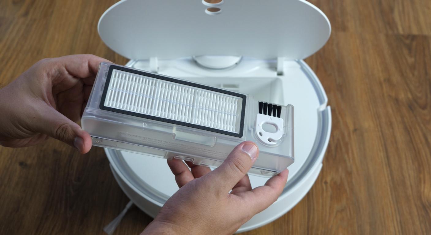 360 S9 - pojemnik na kurz, filtr HEPA i szczotka