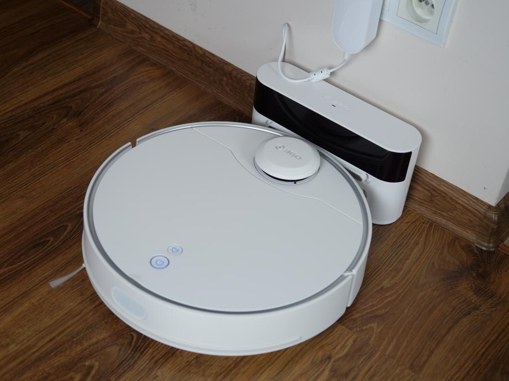 360 S9 - recenzja robota sprzątającego - ładowanie