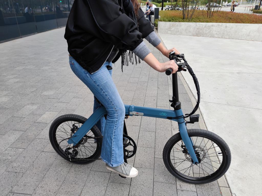 Fiido D11 - recenzja roweru elektrycznego o ogromnym zasięgu - rower elektryczny dla dziewczyny
