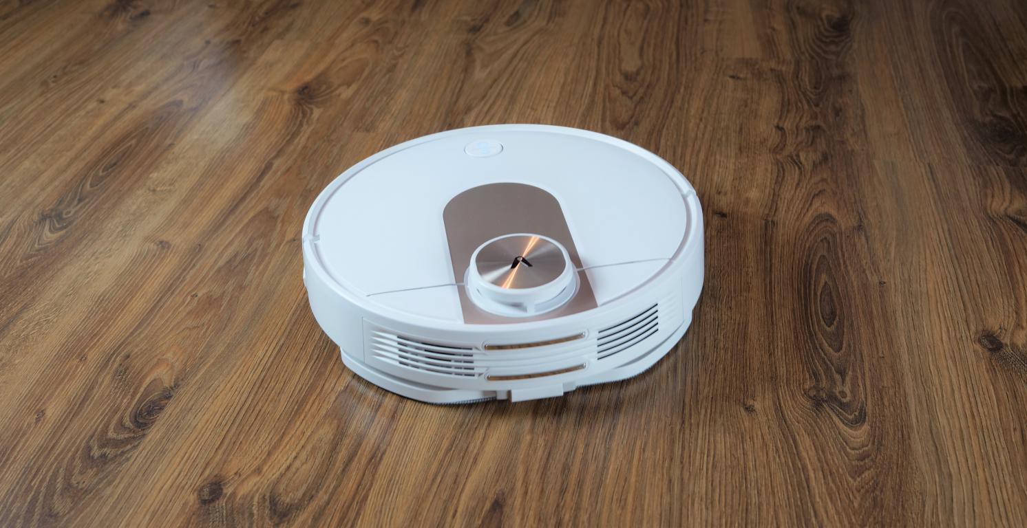 Viomi SE - recenzja robota sprzątającego w super cenie plecy w trakcie mopowania