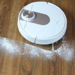 odkurzanie mąki robotem odkurzającym Viomi SE
