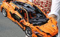 Prezenty dla rodziców i dzieci z Aliexpress - pomysły na Black Friday - klocki samochód LEGO Technics