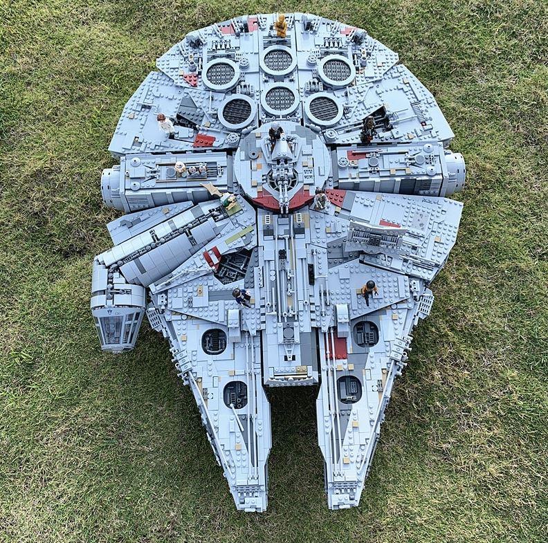 Zakupy bez kolejek - promocja Aliexpress na Black Friday - Sokół Millenium LEGO Star Wars