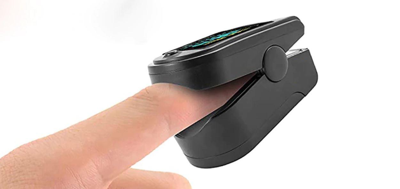 Pulsoksymetr z Aliexpress - mierzenie z palca