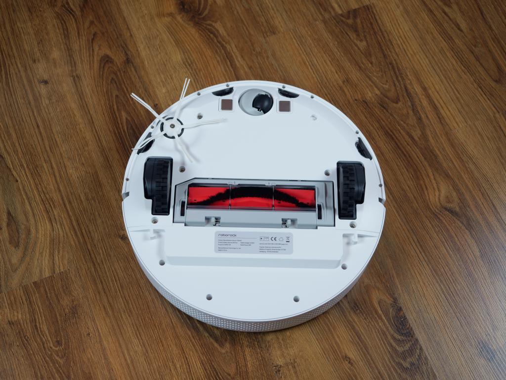 Roborock S6 Pure - recenzja robota sprzątającego - spód robota