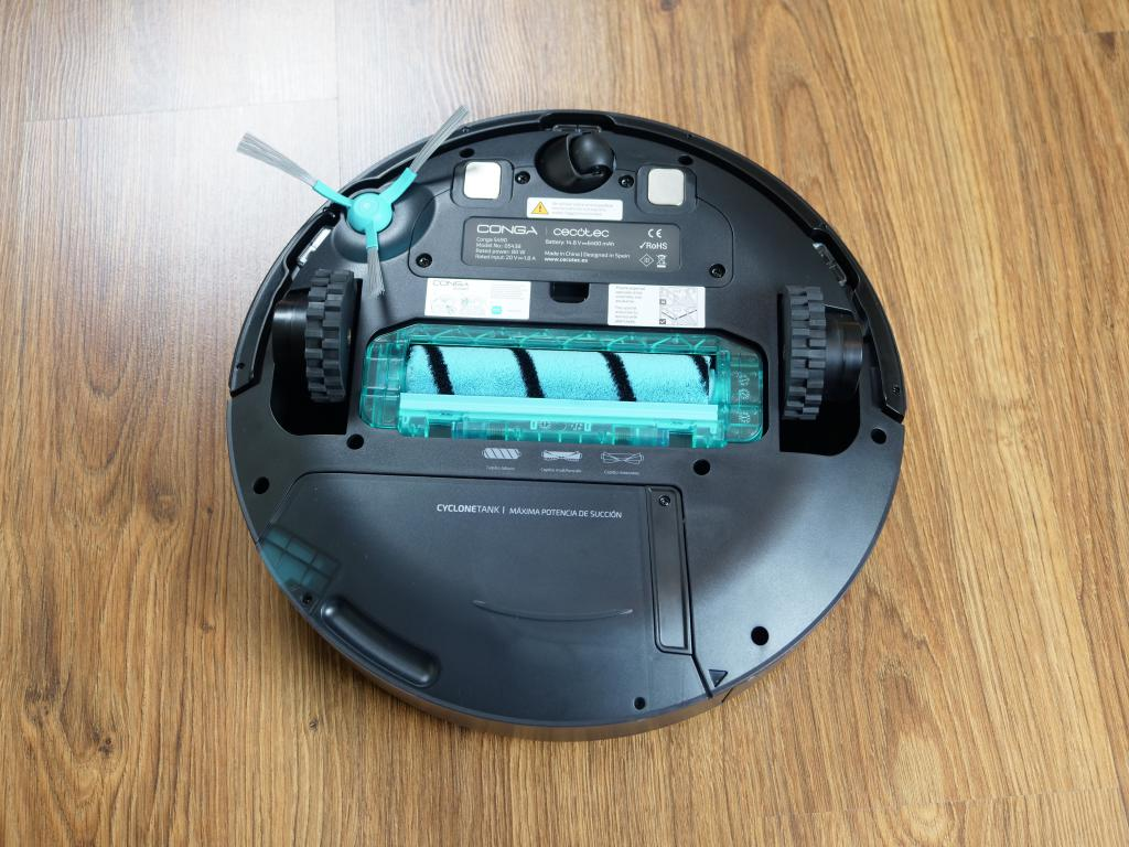 Cecotec Conga 5490 - recenzja robota sprzątającego o ogromnej mocy - miękka szczotka do twardych podłóg