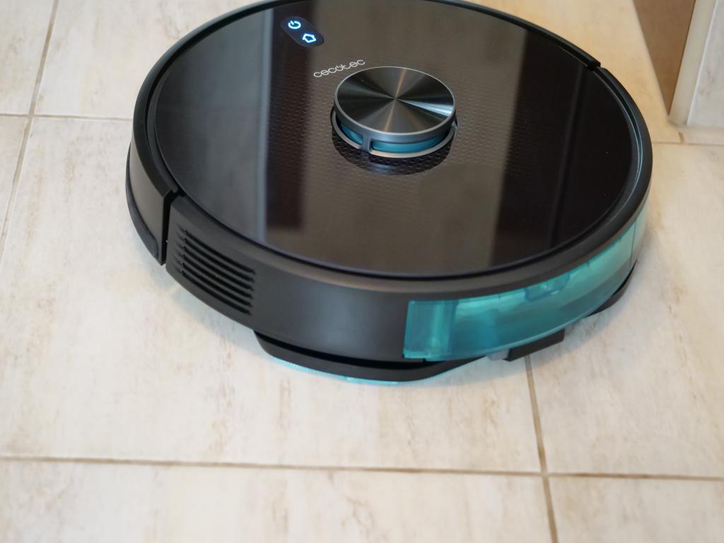 Cecotec Conga 5490 - recenzja robota sprzątającego o ogromnej mocy - mopowanie