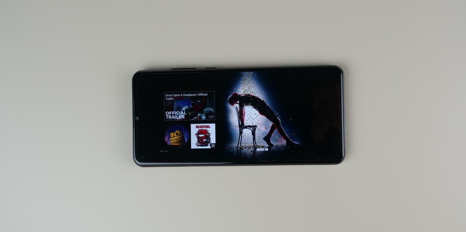 Cubot Note 20 PRO - recenzja smartfona z Aliexpress za 400 zł - film na ekranie