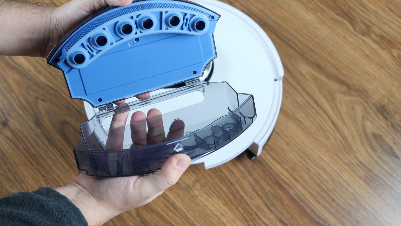 iLife L100 - recenzja robota sprzątającego - pojemnik na kurz