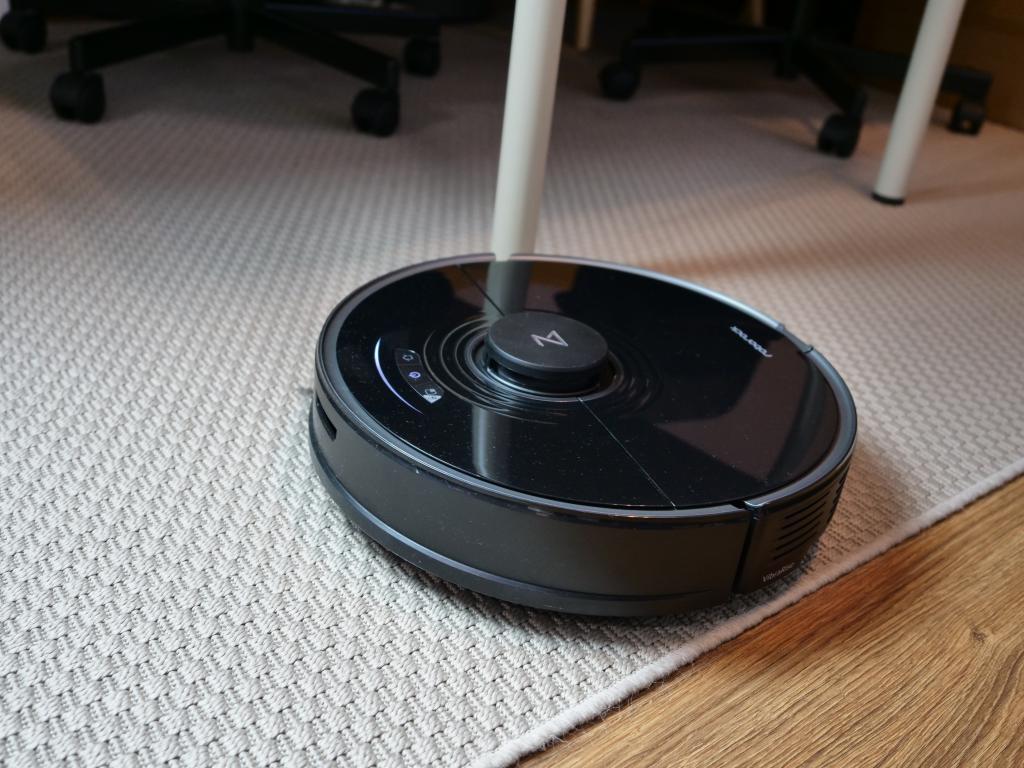 Roborock S7 - recenzja robota sprzątającego z sonicznym mopem - jazda na dywanie