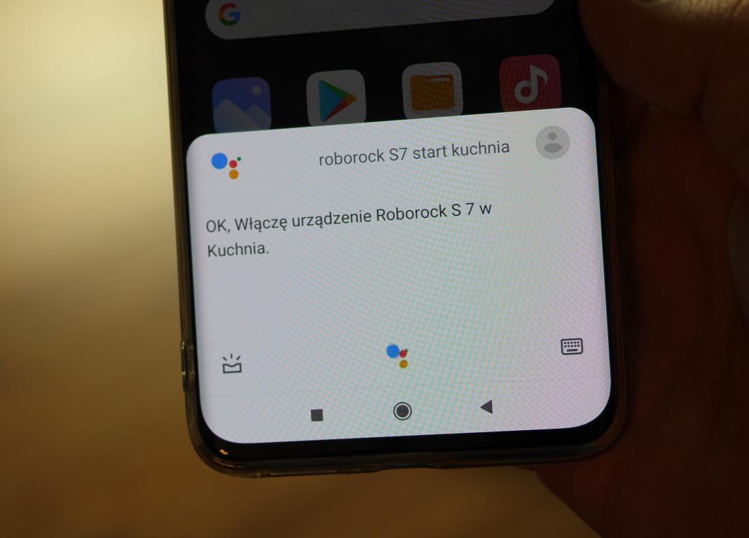 Roborock S7 - sterowanie głosowe przez asystenta Google