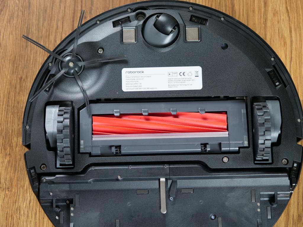 Roborock S7 - recenzja robota sprzątającego z sonicznym mopem - szczotka główna
