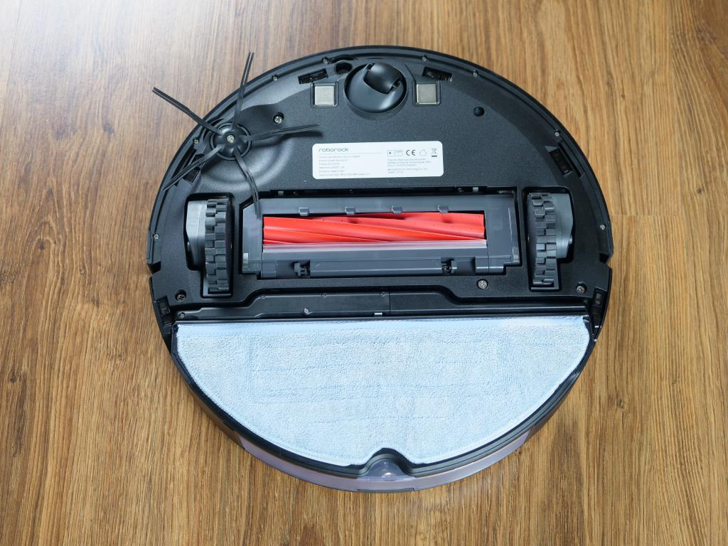 Roborock S7 - recenzja robota sprzątającego z sonicznym mopem - z mopem