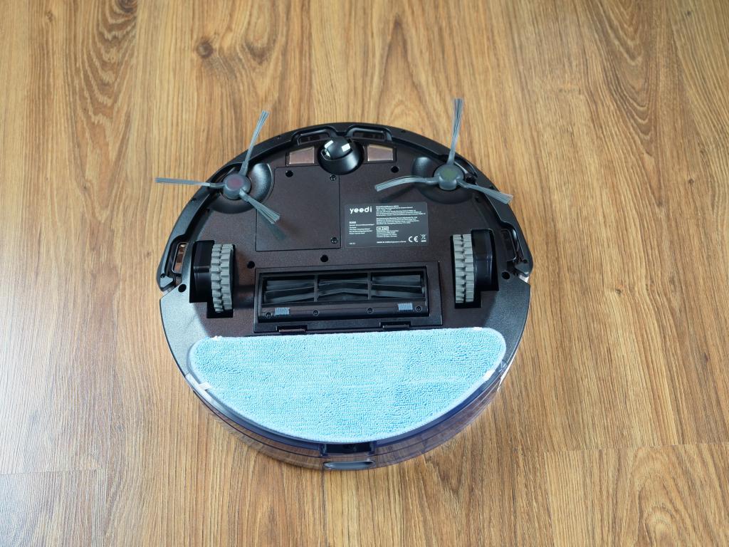 Yeedi K650 - recenzja taniego robota sprzątającego z Aliexpress - spód robota z mopem