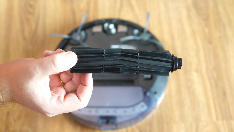 Yeedi K650 - robot sprzątający - szczotka główna gumowa