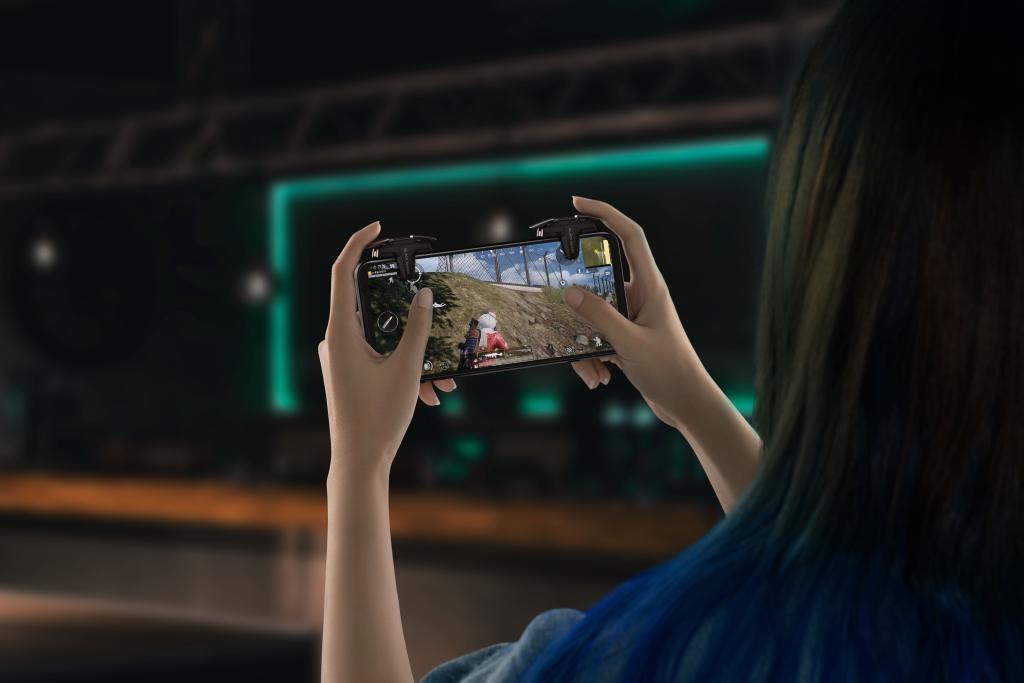 Black Shark 4 - premiera najnowszego smartfona gamingowego - joysticki