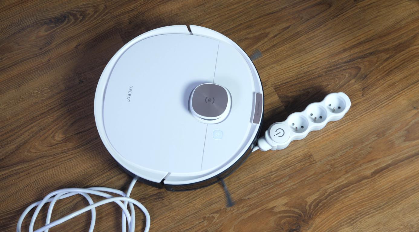 Ecovacs Deebot OZMO T8+ - omijanie kabli