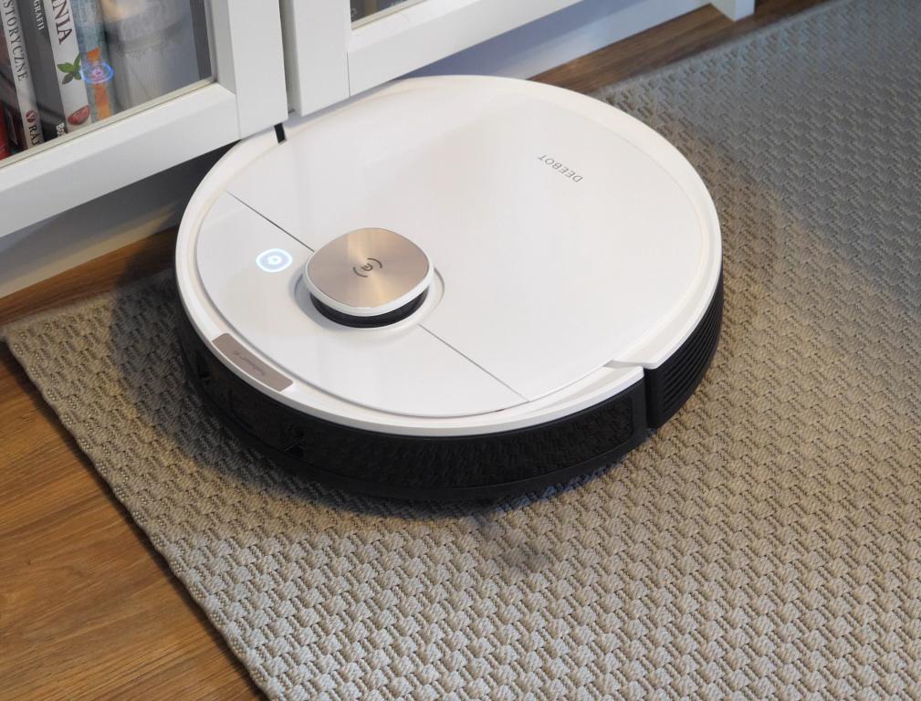 Ecovacs Deebot OZMO T8+ - recenzja robota sprzątającego