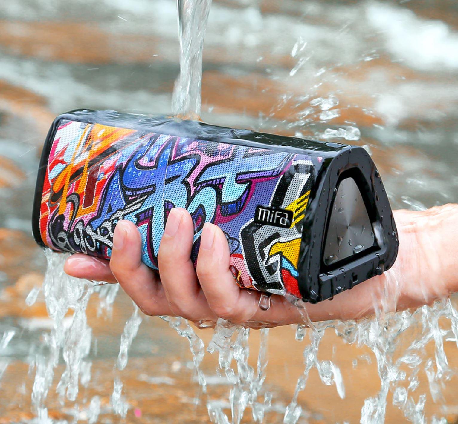 głośnik Mifa A10+ - wodoodporność i graffiti