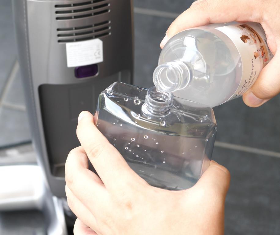 Jimmy HW8 Pro - dolewanie płynu do mycia podłóg